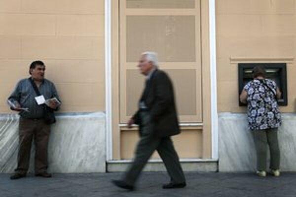 Ak by Grécko nedostalo peniaze, skolaboval by finančný systém a bankomaty by zostali prázdne.
