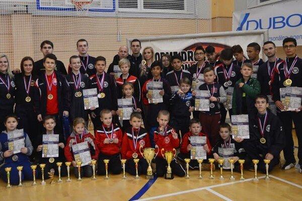 Sninčanom sa na majstrovstvách Slovenska darilo. Dohromady získali až 40 medailí.