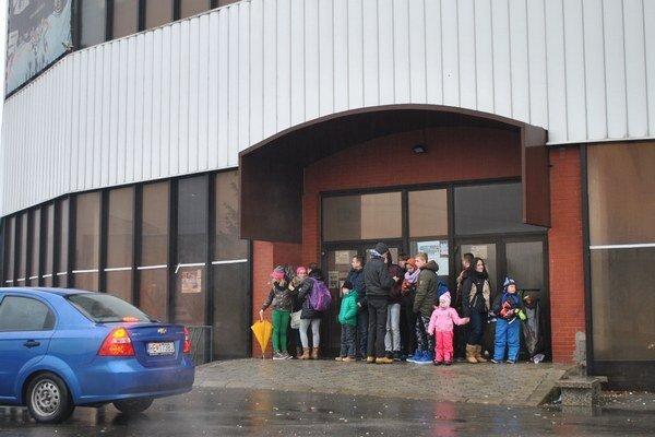 Humenský zimný štadión minulý týždeň zatvorili pre havarijný stav.