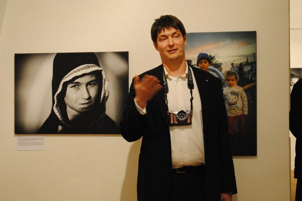 Anton Frič. Dokumentuje život irackých kresťanov vIraku aich pobyt na Slovensku.