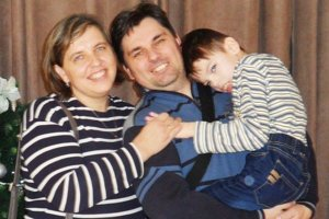Šťastná rodina. Nesťažujú sa, život prijali, aký je.