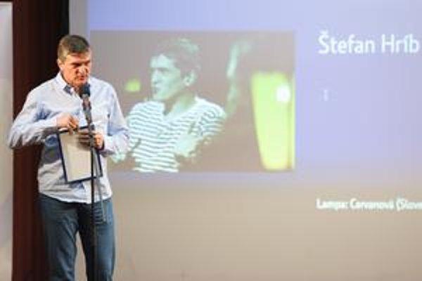 Šéfredaktor .týždňa Štefan Hríb si prevzal cenu za reláciu o vražde študentky Cervanovej na STV.