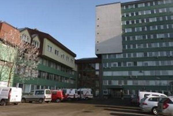 Nemocnica v Poprade ošetrí poistencov Dôvery už len v akútnych prípadoch.