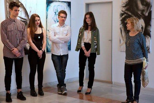 Mladí autori. Vystavujú vDome kultúry vHumennom.