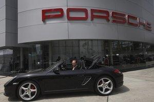 Porsche Carrera 911.