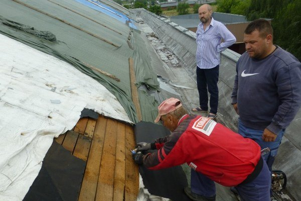 Oprava strechy. Mala by stáť takmer pol milióna eur.