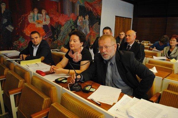 Sninskí poslanci rozhodli o pridelení dotácií z rozpočtu mesta.