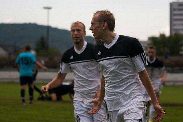 Góly aj minúty. Peter Šuľák (vpravo) má na konte jesenné minútové maximum a štyri góly.