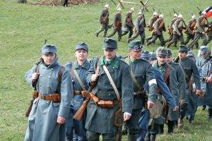 Vojaci rôznych armád.
