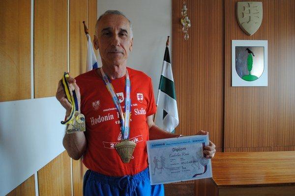 Maratónec Ladislav Rada.