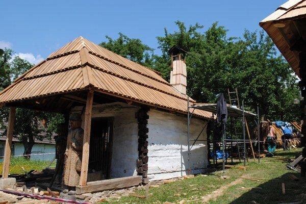 Sýpka a vyhňa dostanú novú strechu.
