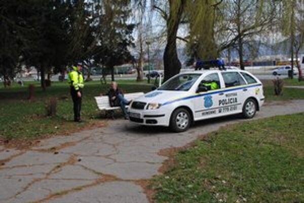 Mestskí policajti.