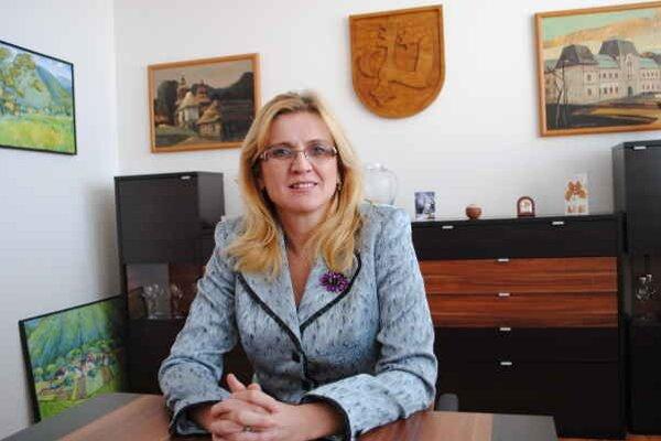 J. Vaľová. Za pondetom združenia GINN o firme Artema vidí zámer očierniť jej osobu.