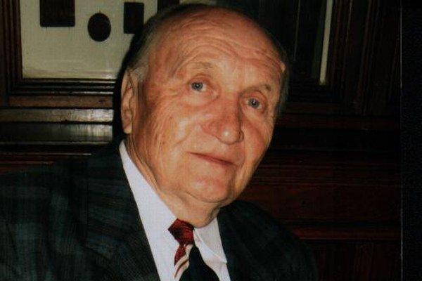 Michal Franko. Stal sa členom Spolku slovenských spisovateľov.