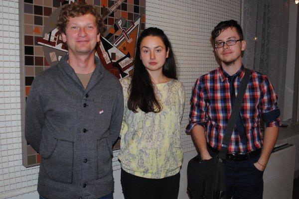 Trojica Humenčanov. Ján Vasilko (zľava), Vladimíra Vajsová a Tomáš Picha.