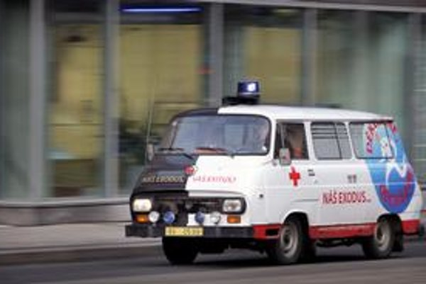 Českí lekárski odborári použili napríklad doktora Exoda a sanitku – pohrebné vozidlo. Ich kampaňou sa inšpirovali aj naši odborári, ale viac ako Česi sa spoľahli na kvantum výpovedí a menej na PR.