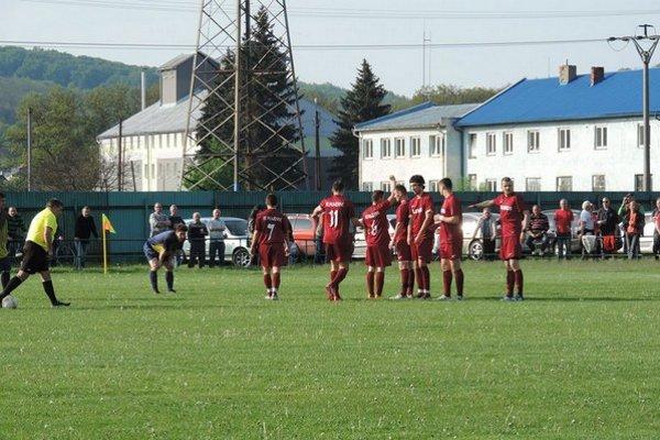 FK Humenné. Už s určitosťou víťaz I. triedy 2013/2014.