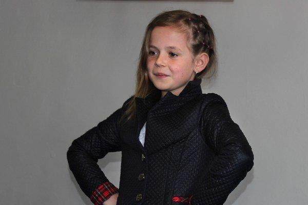 Vanda Marinčáková. Talentovaná speváčka bude náš kraj reprezentovať na celoslovenskej súťaži.