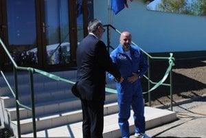 Riaditeľ Vihorlatskej hvezdárne Igor Kudzej a slovenský kozmonaut Ivan Bella otvorili nové planetárium.