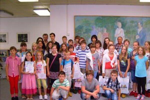 Literárne talenty. Vyhodnotenie súťaže sa konalo vo Vihorlatskej knižnici.