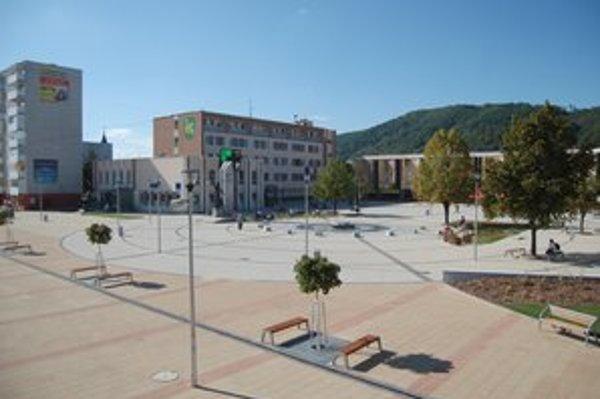 Kontrola. Najvyšší kontrolný úrad neobišiel ani mesto Snina.