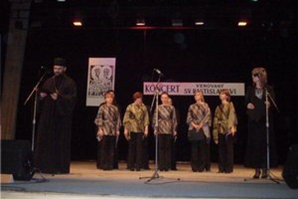 Pravoslávny chór zo Sniny. Predstavil sa vďačnému publiku.
