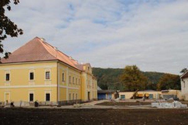 Kaštieľ v Snine. Slávnostne ho otvoria v júli budúceho roku.
