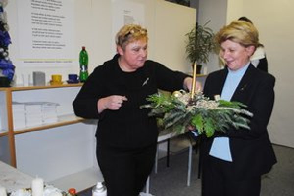 """""""Učiteľka a žiačka"""". Marta Ondarková (vľavo) a Marta Tutková."""