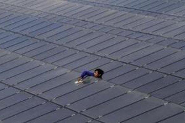 Najviac povolení vydal štát na slnečné elektrárne.