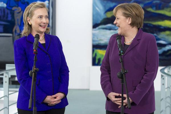 Hillary Clintonová a Angela Merkelová.