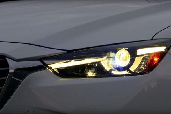 Inštitút IIHS sa naposledy zameral na test svetiel malých SUV