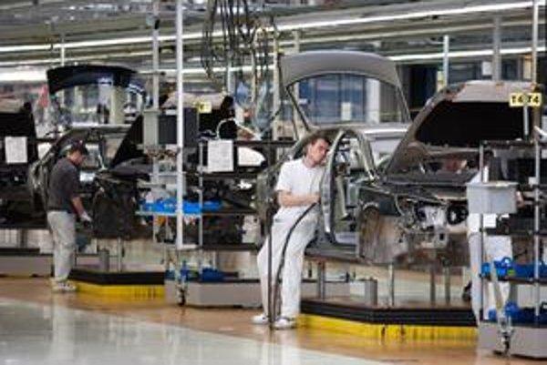 Okrem zamestnancov Johnson Controls aktuálne o zvýšení platov diskutujú aj zamestnanci Volkswagenu.