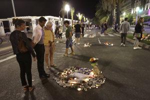 Promenáda v Nice, kde útočník vrazil kamiónom do davu ľudí.