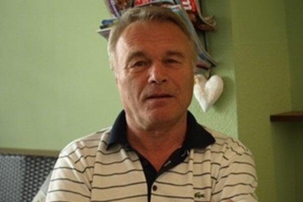 Tréner FC Baníka Horná Nitra Viliam Ilko. Verí, že v Prievidzi sa tretia liga predsa len v budúcej sezóne bude hrať.