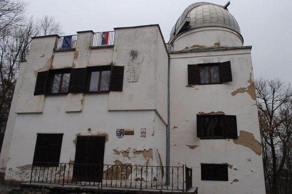 Budova hvezdárne potrebuje rekonštrukciu.