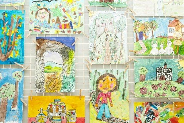 Výstava Podoby Zemplína. Galéria Zemplínskeho osvetového strediska sprístupní súťažnú výstavu výtvarných prác detí.