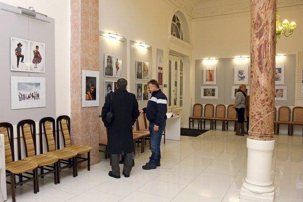 Výstava Premeny. V Zemplínskom osvetovom stredisku.