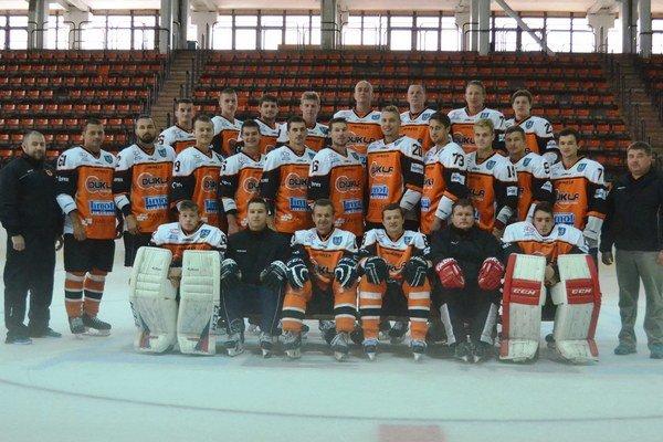 Mužstvo HK Dukla Michalovce vsezóne 2015/16. V druhej najvyššej hokejovej súťaži obsadilo konečnú šiestu priečku.