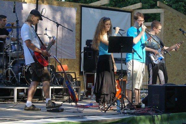 Gospel na Zemplíne. Festival Nádeje pritiahol viac ako 500 ľudí z rôznych kútov regiónu.