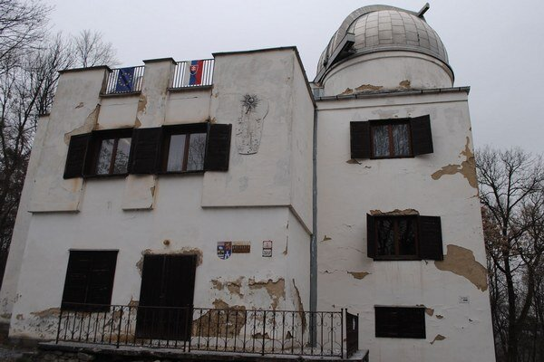 Budova akútne potrebuje rekonštrukciu.