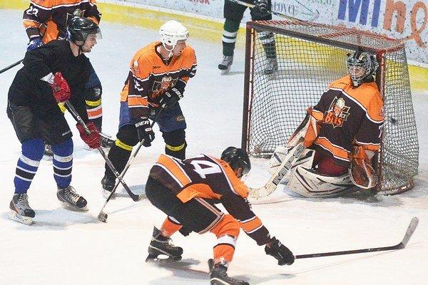Celok Ice Beers dosiahol prvú výhru. Družstvo Stars porazil rozdielom troch gólov.