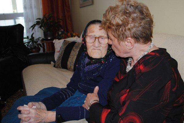 Anna Drozdová. Bola najstaršia obyvateľka Michaloviec. Zomrela vo veku 103 rokov.