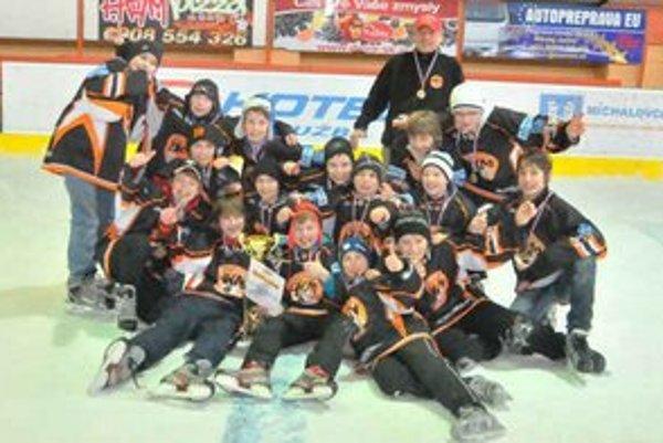 Víťaz premiérového ročníka Fann Sport Cupu 2013. Stali sa ním hráči domáceho HK Mládež Michalovce, ktorí na turnaji neprehrali ani raz.