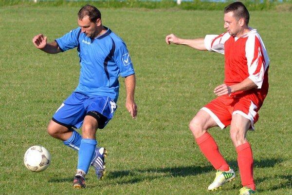 Najlepší strelec mužstva. Patrik Haluška (vpravo) nastrieľal 18 gólov.