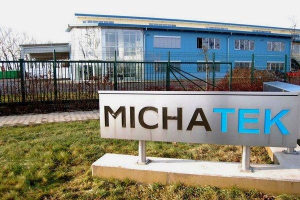 Firma Michatek. S výstavbou novej haly začne už túto jeseň. Výrobu spustí v lete budúceho roka a zamestná 80 ľudí.