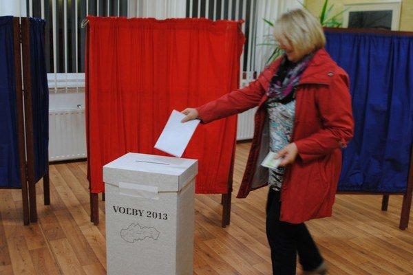Župné voľby. V okresoch Michalovce a Sobrance vyhral úradujúci župan Zdenko Trebuľa (Smer-SD).