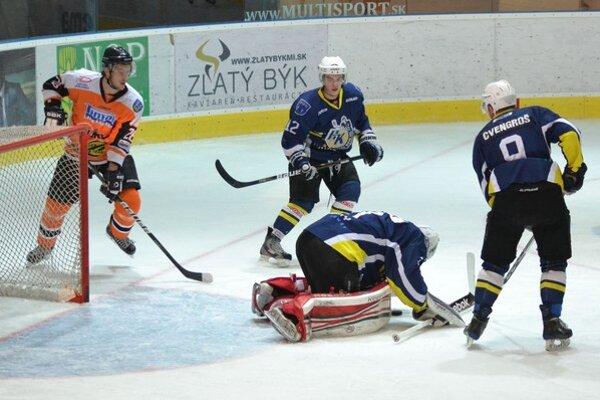 Dukla strelila iba jeden gól. Spišiakov podržal brankár Pavol Smik.