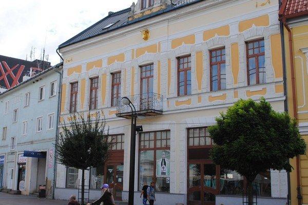 Zlatý býk. Historická budova je zapísaná v zozname krajského pamiatkového ústavu.