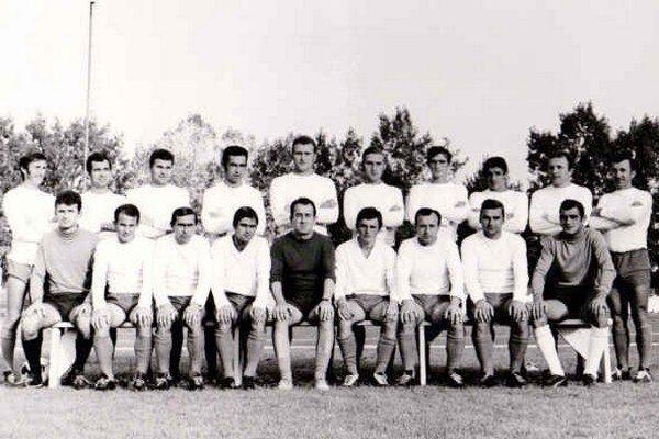 Jedno z úspešných mužstiev Zemplína. V najvydarenejšej ére michalovského futbalu dlho viedol tím tréner Štefan Pšenko.