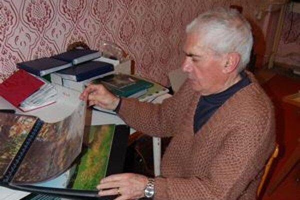 Mikuláš Jacečko. Jeho tvorba obsahuje viac ako 30-tisíc fotografií.